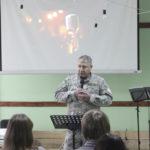 Студенты «Школы без стен» в Бердянске, учились посвящению себя Богу вместе с капелланом Альбертом Хомяком